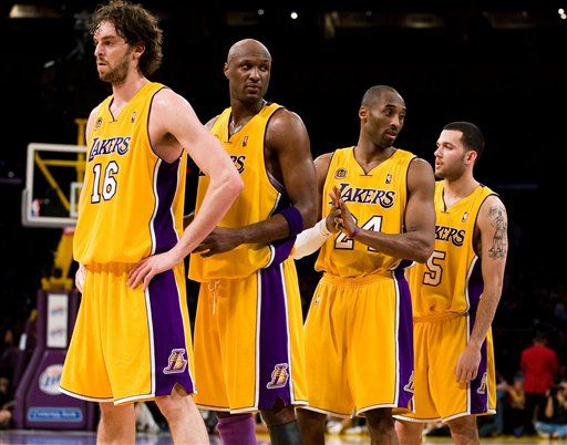 Commentary Lakers Back In The Game Los Angeles Lakers Lakers Basketball Lakers