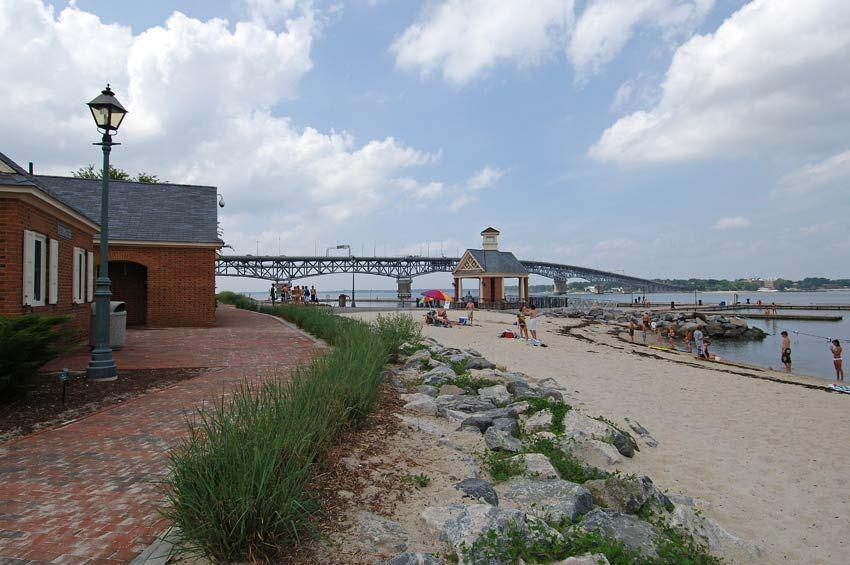 Riverwalk Landing At Yorktown Beach In