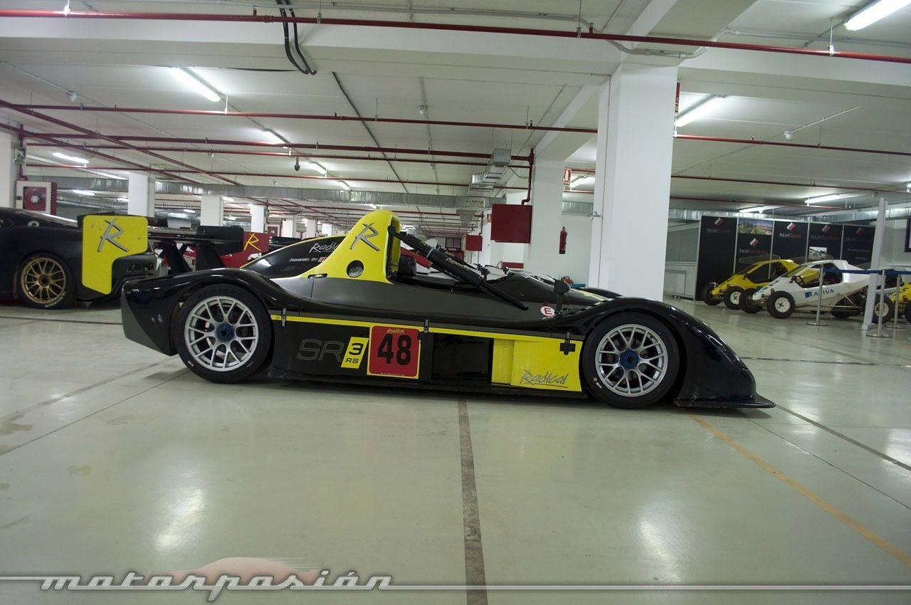 Foto de el garaje de ensue o del ascari race resort 19 36 for Garajes de ensueno