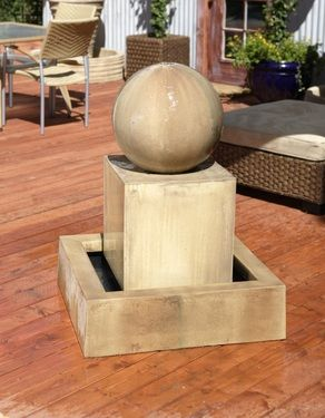 Block Foutain with Ball : Water flows from the top of the ball over the sides to create a tranquil sound.
