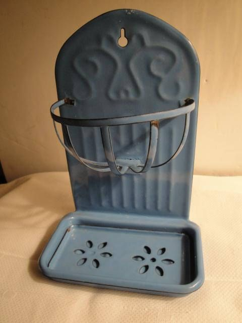 ENAMEL SOAP DISH-RETRO BLUE-vintage Style-New-primitive FARMHOUSE STYLE