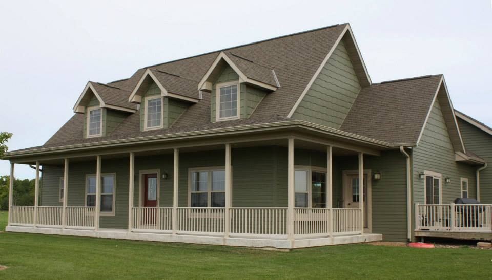 Lp Smartside 8 Lap Siding And Shakes Pre Finished With Diamond Kote In Olive Green Siding Craftsman Home Exterior Green House Siding