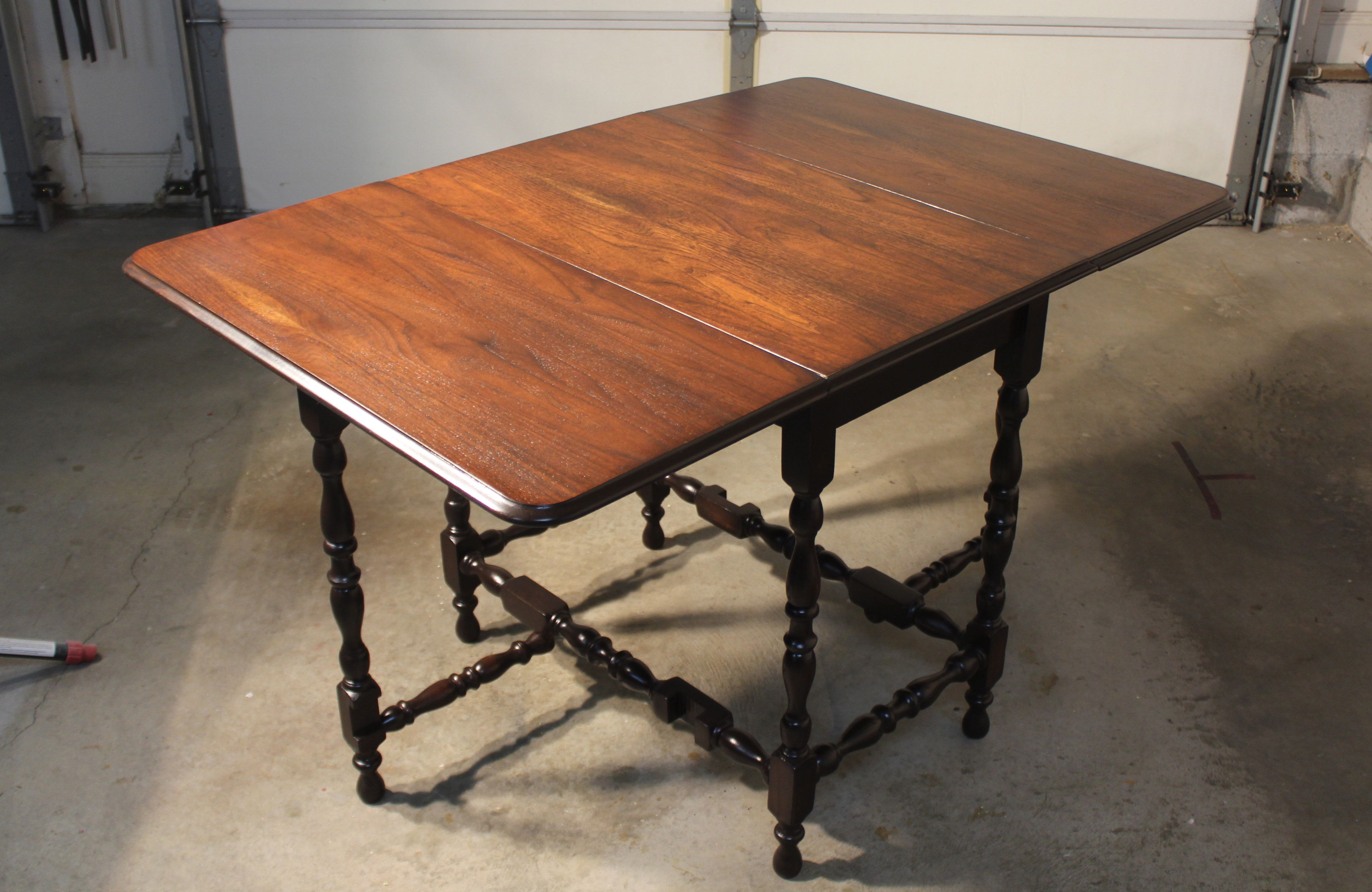 Antique Walnut Gate Leg Table This Table Top Finished Out