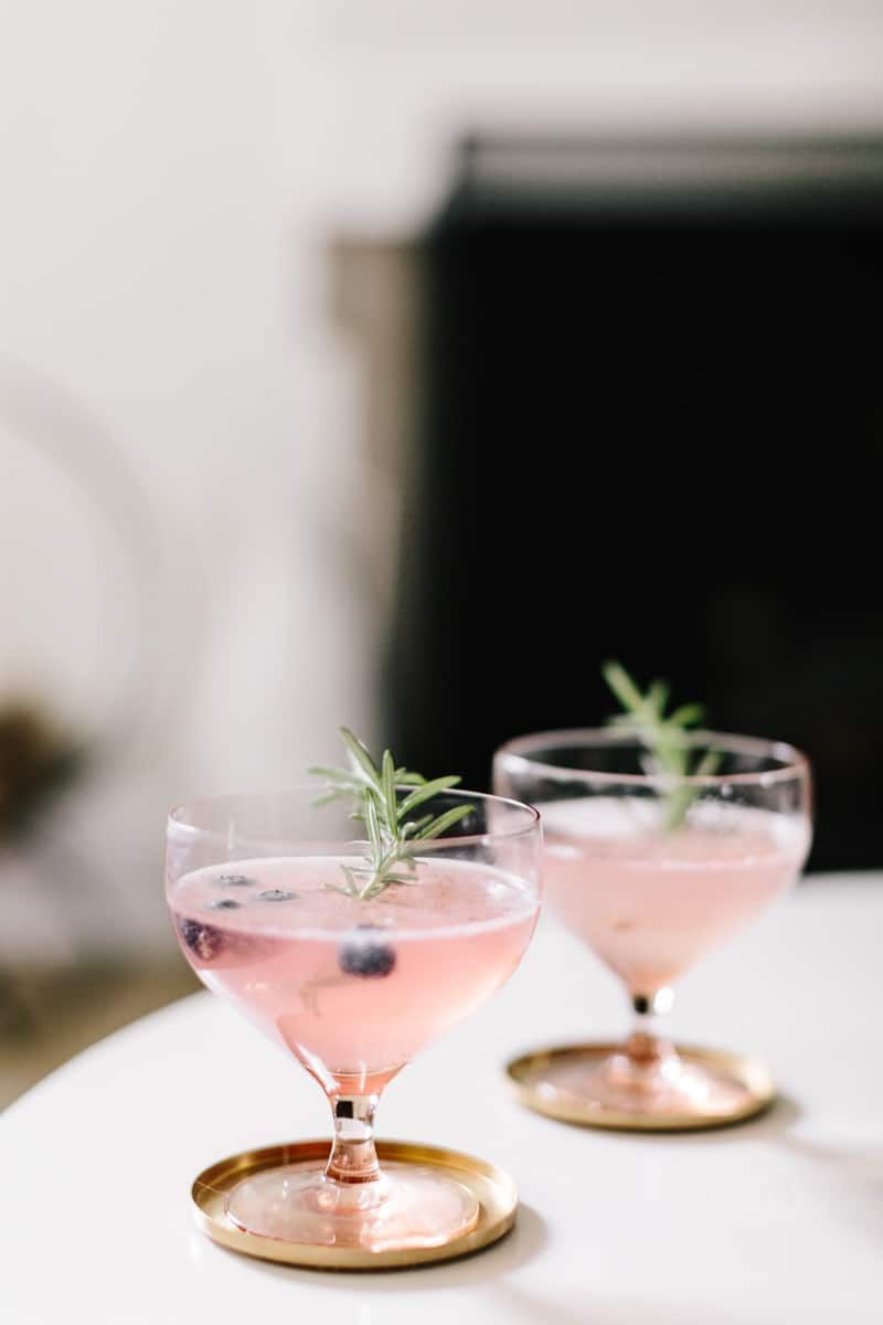 7 Non-Alcoholic Drinks for Dry January | Hello Glow