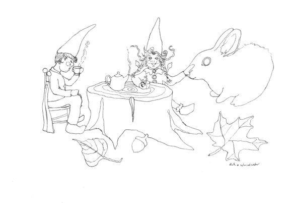 De kaboutertjes genieten nog van een kopje thee. Het is herfst. De kabouters, bosgeesten…. In de mooie herfst worden ze verleid zich te tonen. De