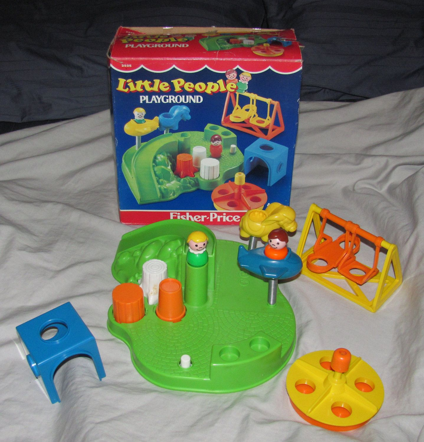 Vintage 1986 Fisher Price Little People Playground plete with