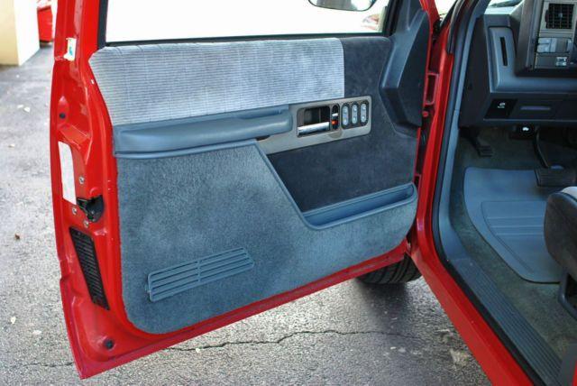1gcdc14kxlz147484 1990 Chevrolet 1500 Sport Pickup 46 768 Original Miles Like New Chevrolet Sport Truck Chevy 1500
