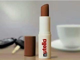 Wenn Deine Lippen endlich das bekommen, was sie verdienen. | 23 Bilder von Nutella, von denen Du direkt schwanger wirst