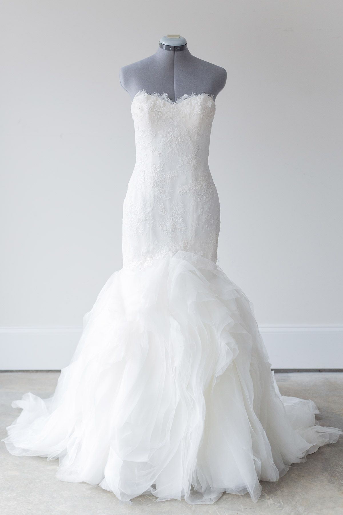 Rent designer wedding dress  Pronovias  Leiben  Size rrowingmagnoliadresses