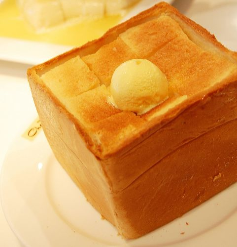 thick toast with honey and cream