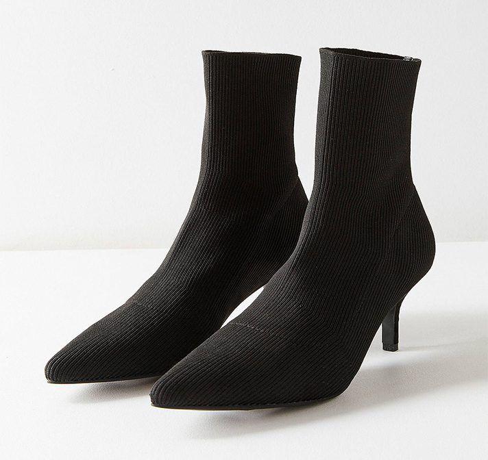 Kitten Heel Boots Are This Season S Most Underrated Shoe Kitten Heel Boots Boots Kitten Heels