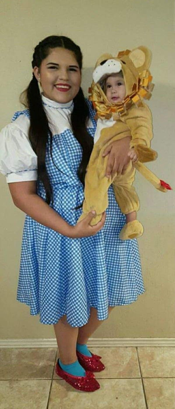 Mom And Baby Boy Halloween Costume Ideas.Dorthy And Little Lion Cute Idea For Mom And Son Halloween