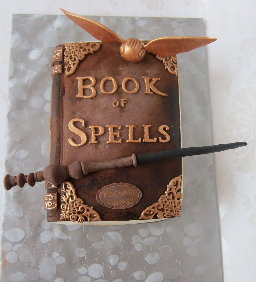 2012 12 15 0000ajpg Harry Potter Geburtstagskuchen Buch Kuchen Harry Potter Kuchen