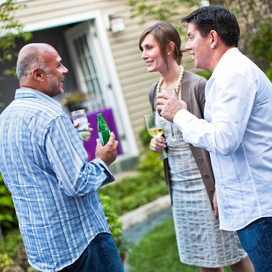 Easy Outdoor Entertaining Tips And Ideas