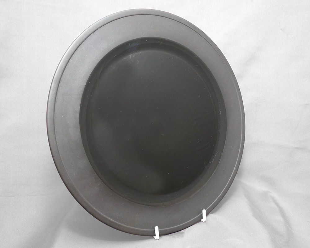 Wedgwood large dinner plate Shape 225 Lunar black Basalt c1980s FREE post & Wedgwood large dinner plate Shape 225 Lunar black Basalt c1980s ...