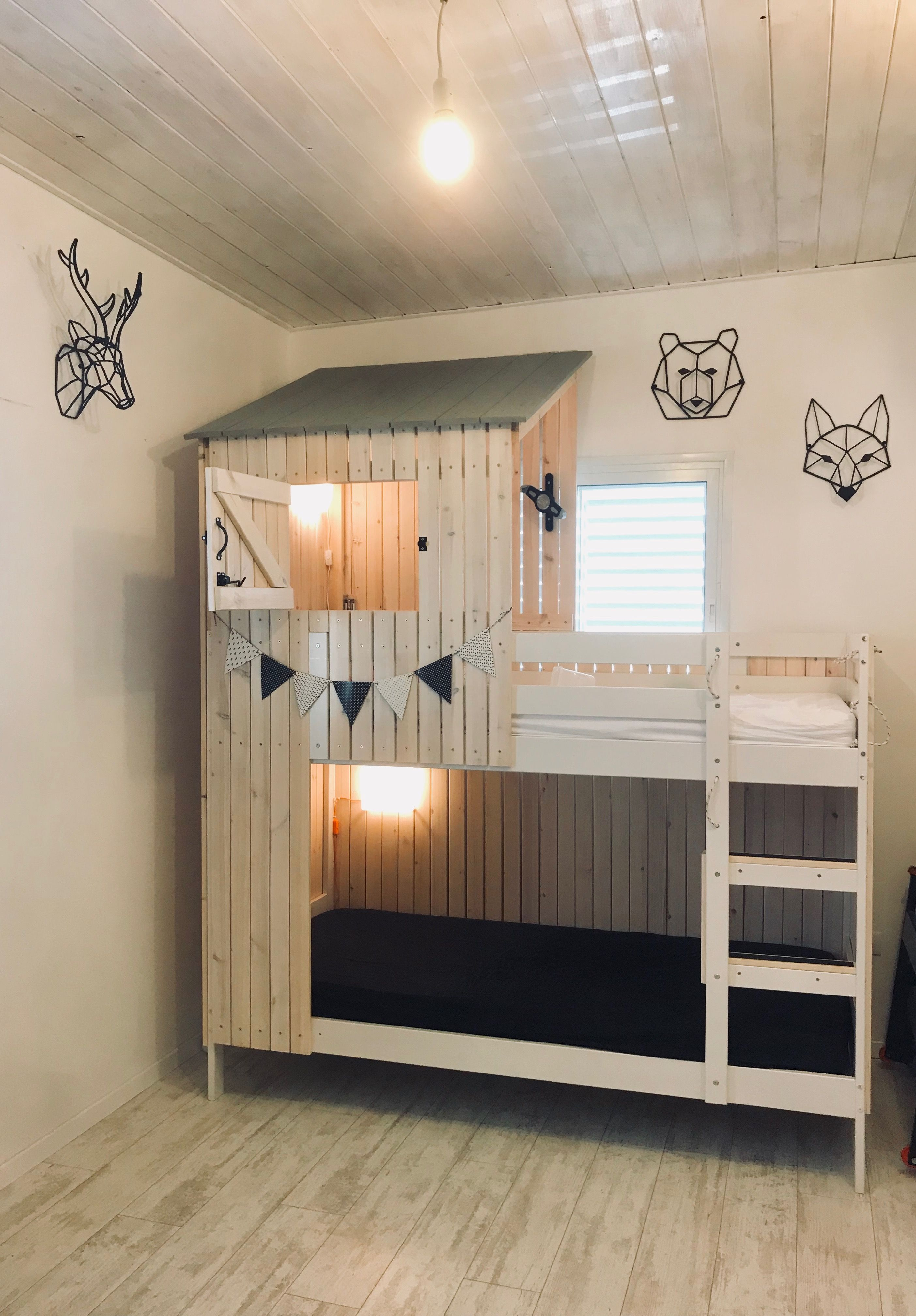 Hochbett Rutsche Ikea A Wooden House Built On Ikea Mydal Bed Isny Kids Bedroom