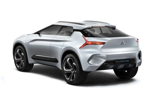 Reimagining Evo Mitsubishi Shows E Evolution Concept In Tokyo In 2020 Mitsubishi Electric Crossover Microcar