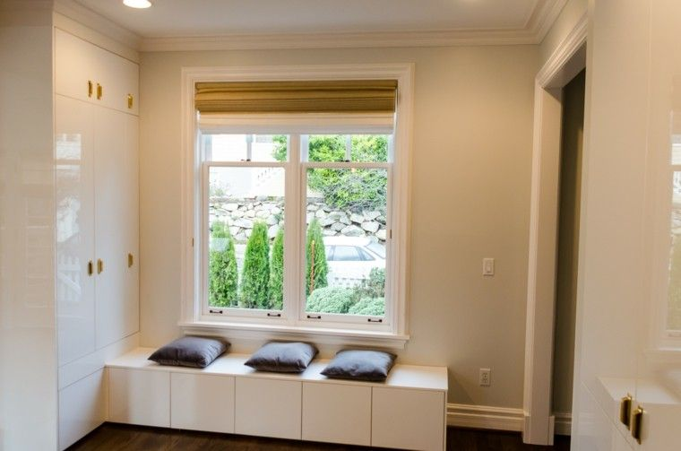 Ventanas con asientos - cincuenta ideas geniales | Laundry and Hall