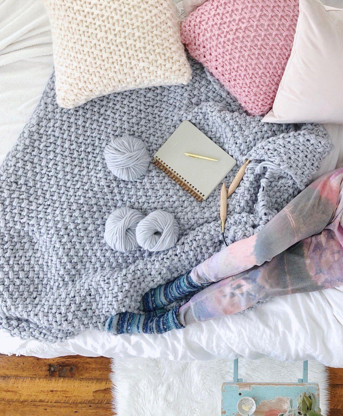 VERONICA chunky knit blanket kit Crochet for beginners