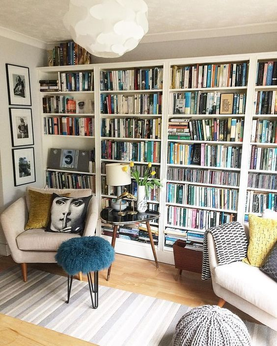 60 Kreative Bucherregal Ideen Die Ihr Zuhause Verschonern 60 Kreative Bucherregal Idee In 2020 Home Library Design Bookshelves For Small Spaces Beautiful Bookshelf