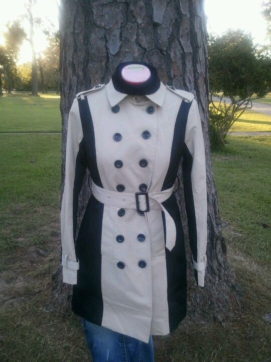 Colorblock trench