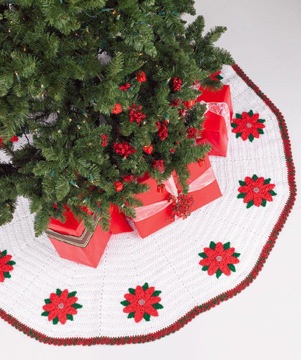 Red Heart Tree Skirt w/Poinsettias-Free Pattern | Christmas Crochet ...