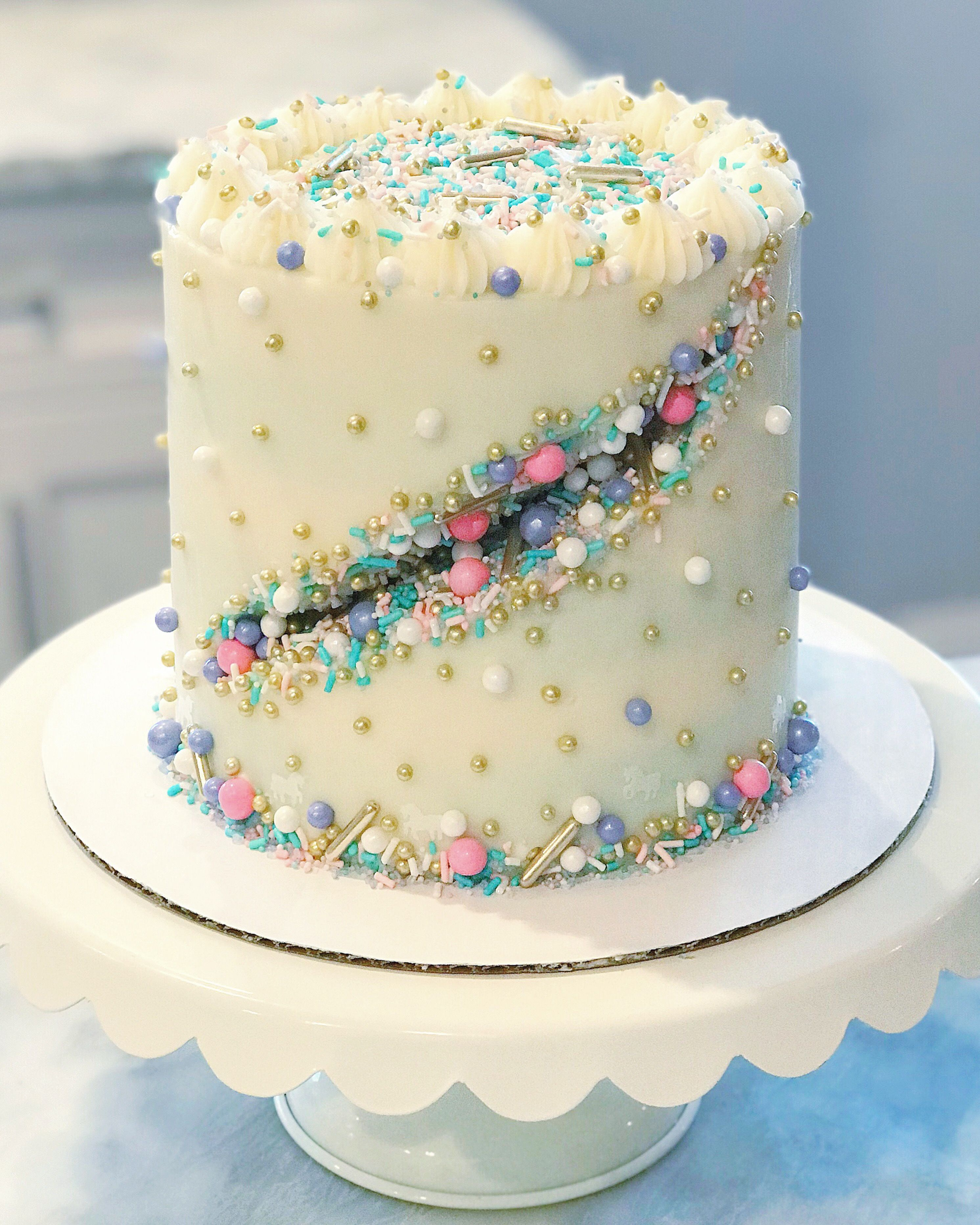 Sprinkle Cake Geode Cake Buttercream Cake Sprinkle Geode With