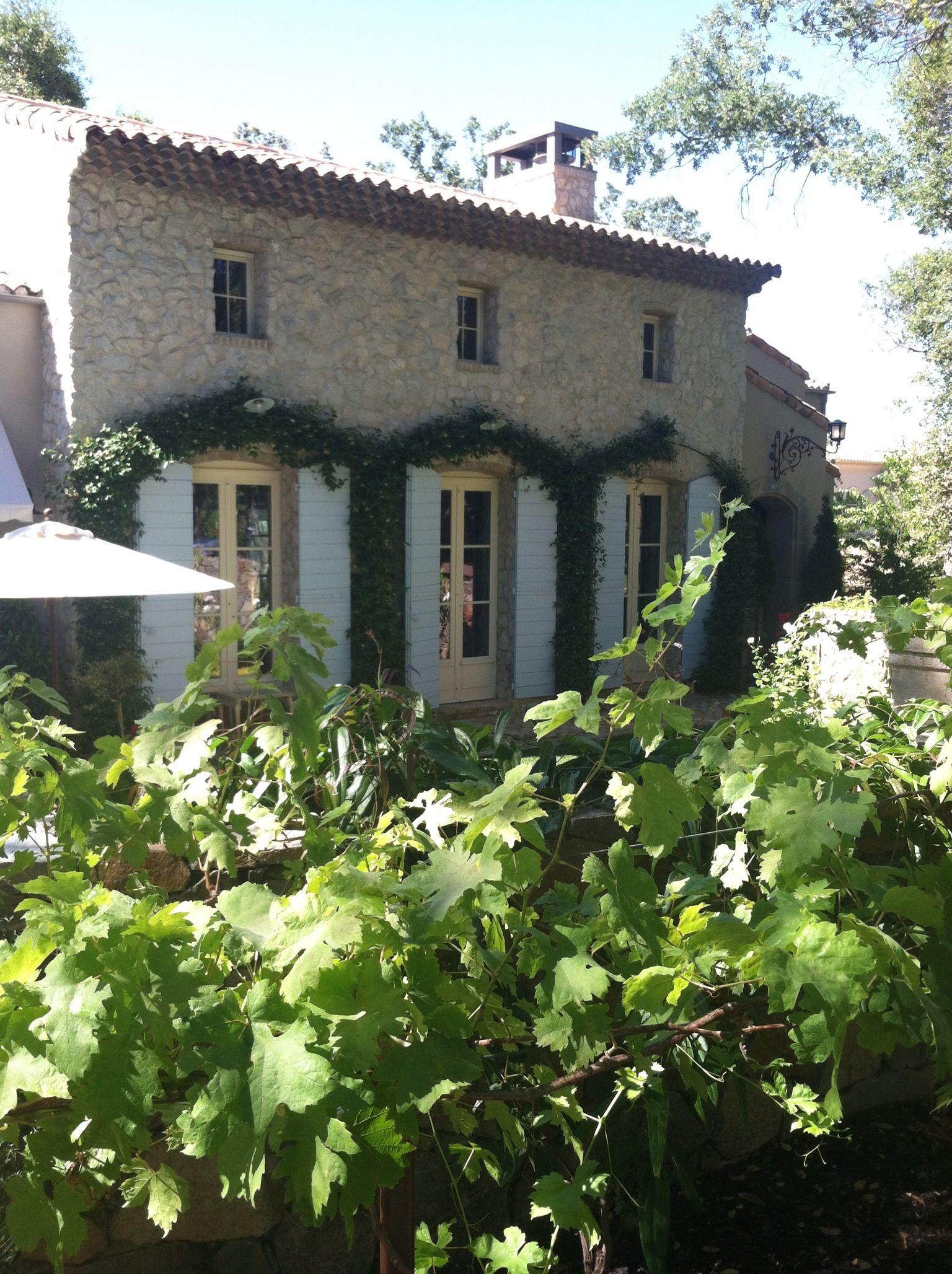 Summer in Provence   Provence   Pinterest   Traumhäuser, Innen außen ...