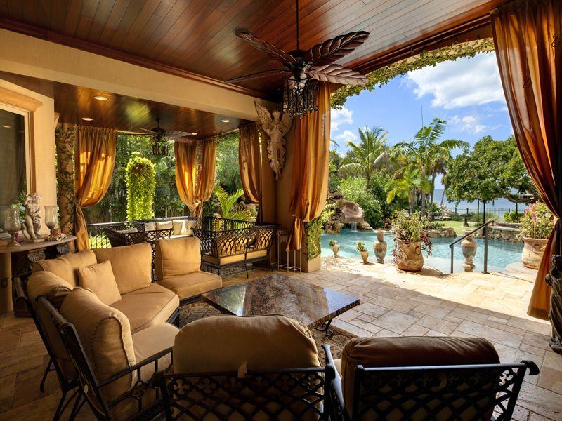 Luxury Real Estate In Sarasota Fl Usa Siesta Key Jamesedition Luxury Homes Dream Houses Outdoor Living Patio