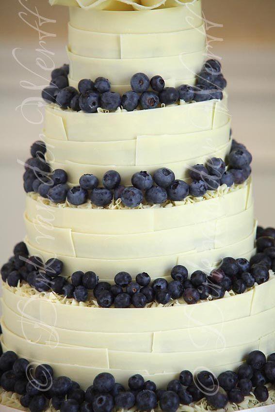 MARKS AND SPENCER CAKE DETAIL .. JUDGES YARM WEDDING FOR RACHEL AND ADRIAN   DIRK VAN DER WERFF - WEDDING PHOTOGRAPHY