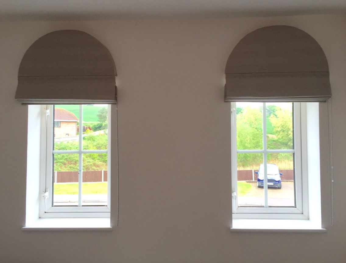 Perfect Fit For Arch Shaped Window Pelmet With Roman Blind