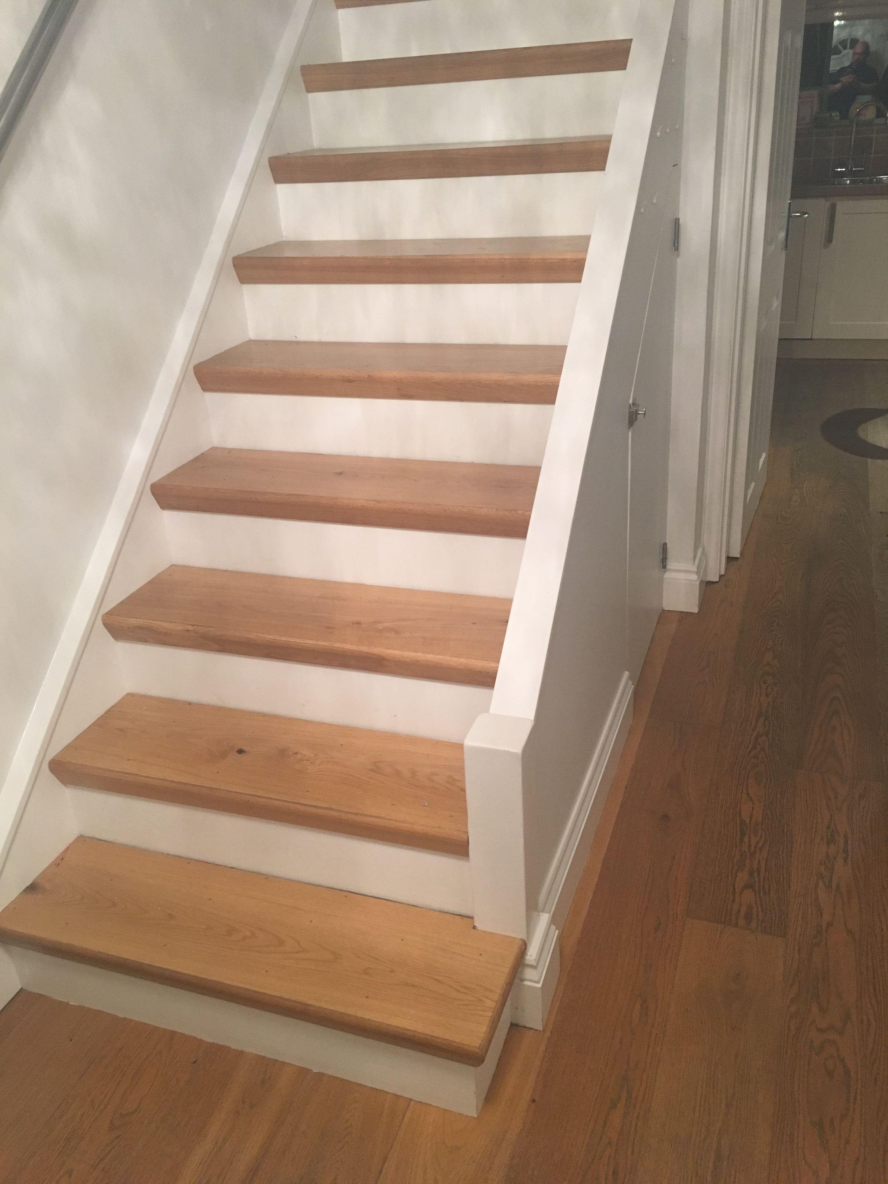 Best Engineered Oak Flooring On Stair Treads With Oak Threshold 400 x 300