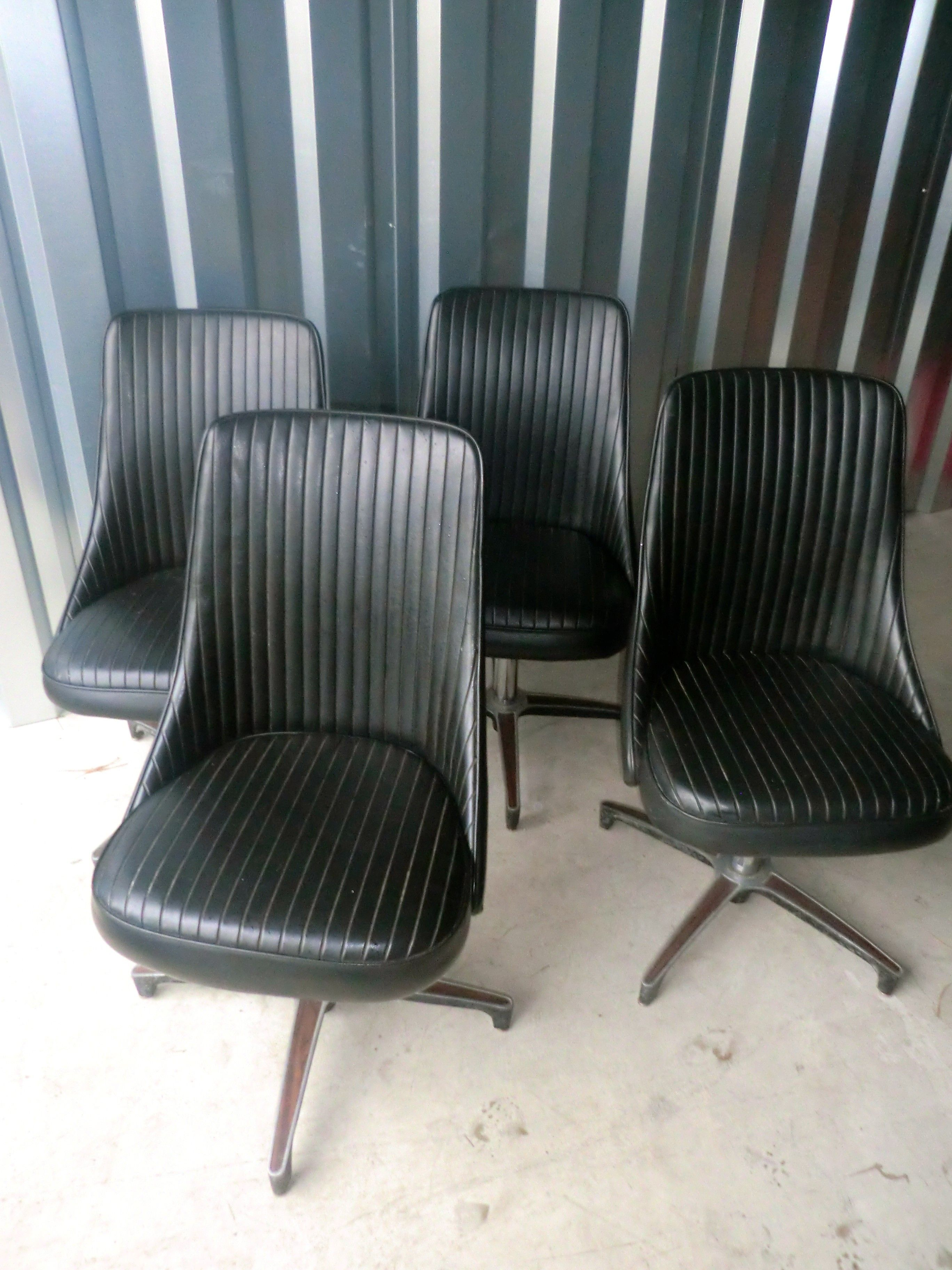 I bought these 4 Chromcraft chairs from Craigslist. | Keystone House ...