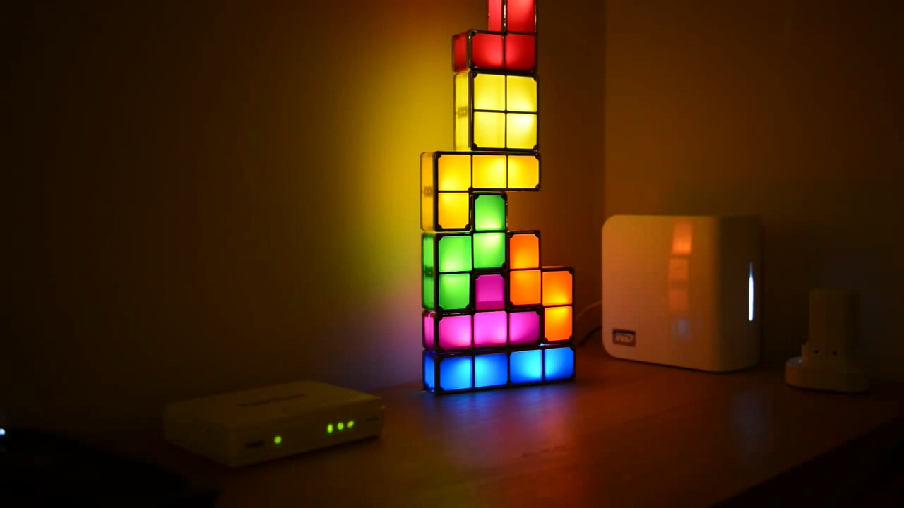 Want A Desk Lamp That S Inspired By The Classic Tetris Game Video Led Night Light Lamp Game Room Design