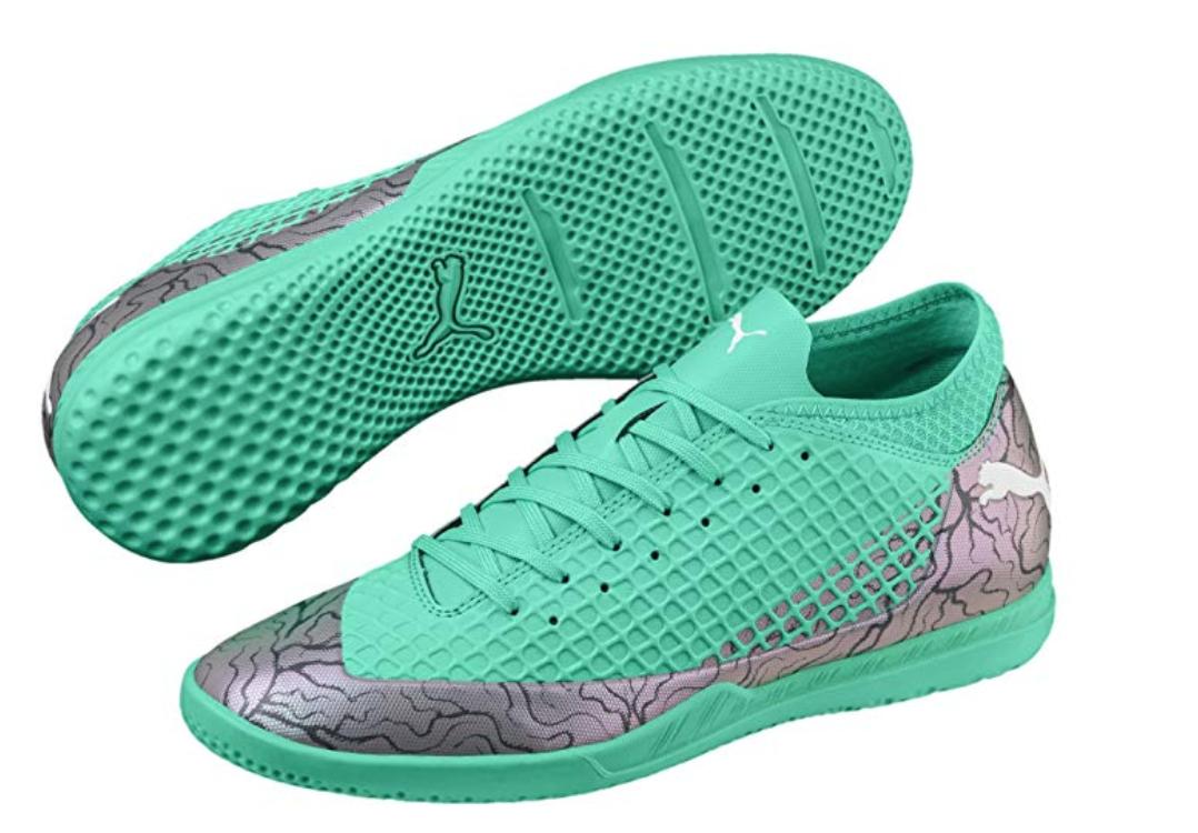 detailed look f3795 e15a9 Preciosas estas zapatillas de fútbol, con posibilidad de comprarlas con  tacos para jugar a fútbol