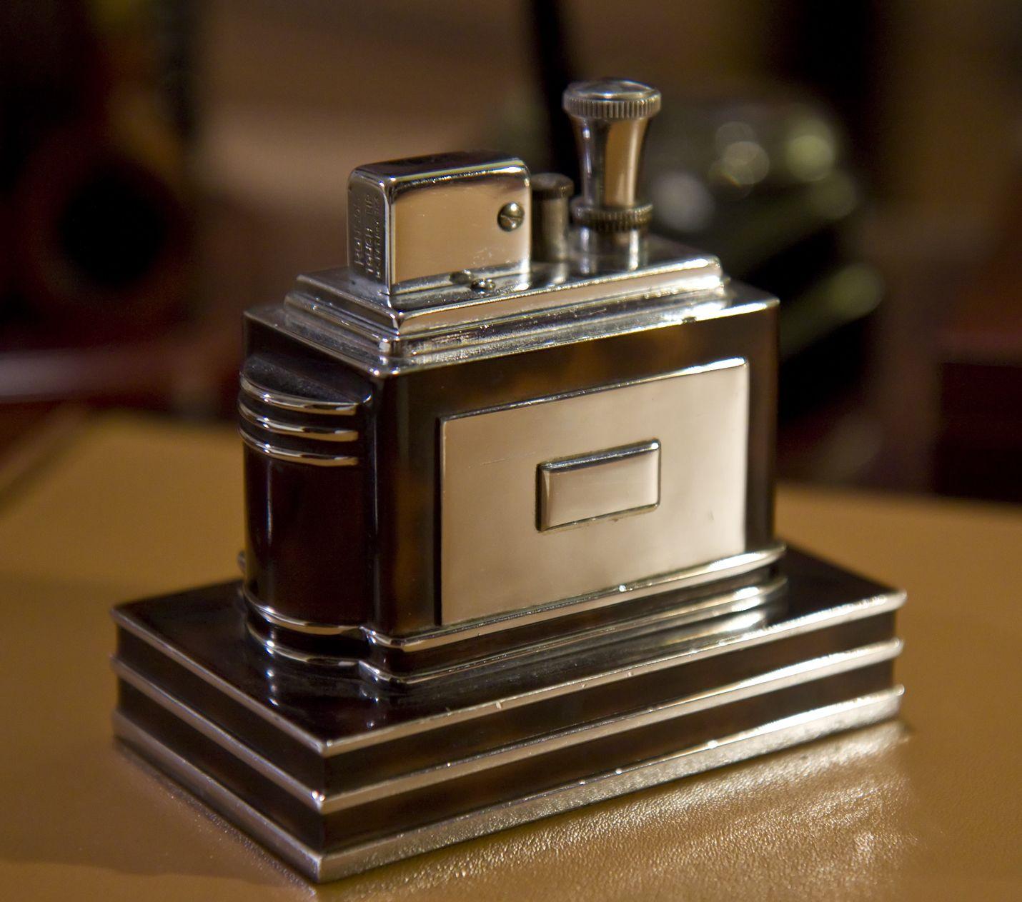 Image Result For Maltese Falcon Lighter Bathroom Inspiration