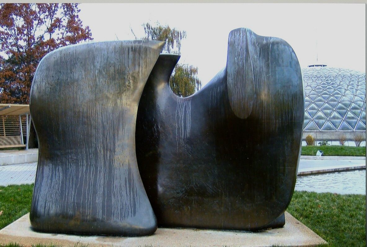 Henry moore knife edge 2 piece in vancouver bc