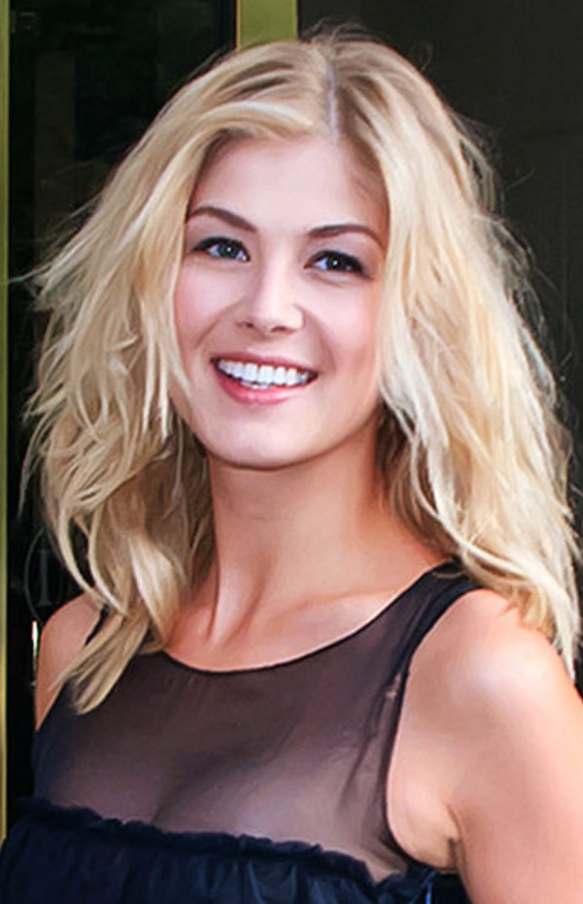 photo Rosamund Pike (born 1979)