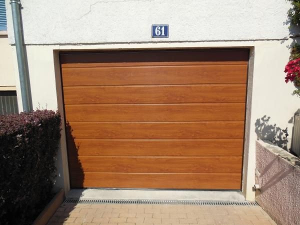 Pose D'Une Porte De Garage Pvc Imitation Bois - Secteur Metz   Nos