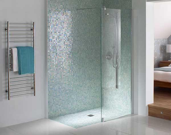 Mosaic Shower Ideas: Blue Mosaic Tile Shower Accent Wall