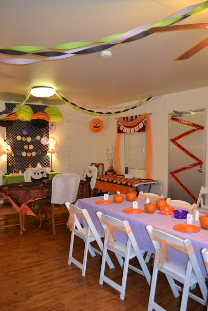 Halloween Party Ideas Halloween photos and Halloween parties - kids halloween party decoration ideas