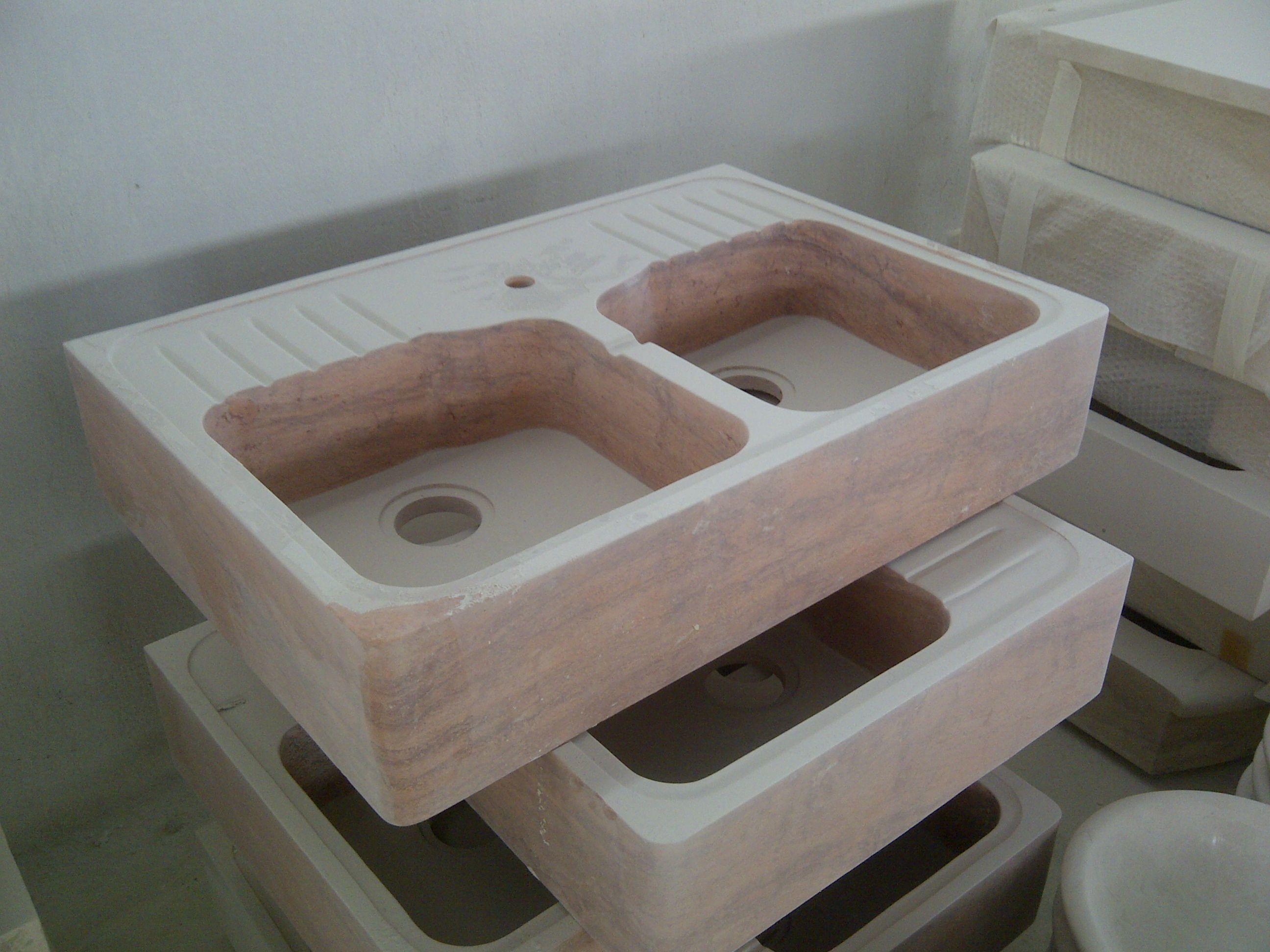 Lavabo da cucina in Travertino Rosso | Lavabi da cucina in pietra ...
