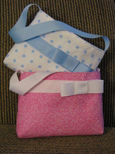 Sweet Little Girls Purse tutorial - love the grosgrain ribbon strap