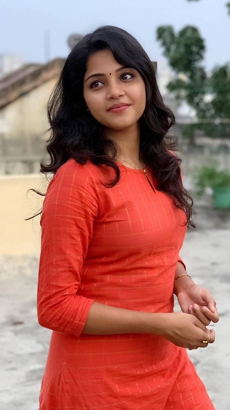 Pin By Hindupriestmanjunath On Cute And Romantic Beauty Girl Desi Beauty India Beauty Women