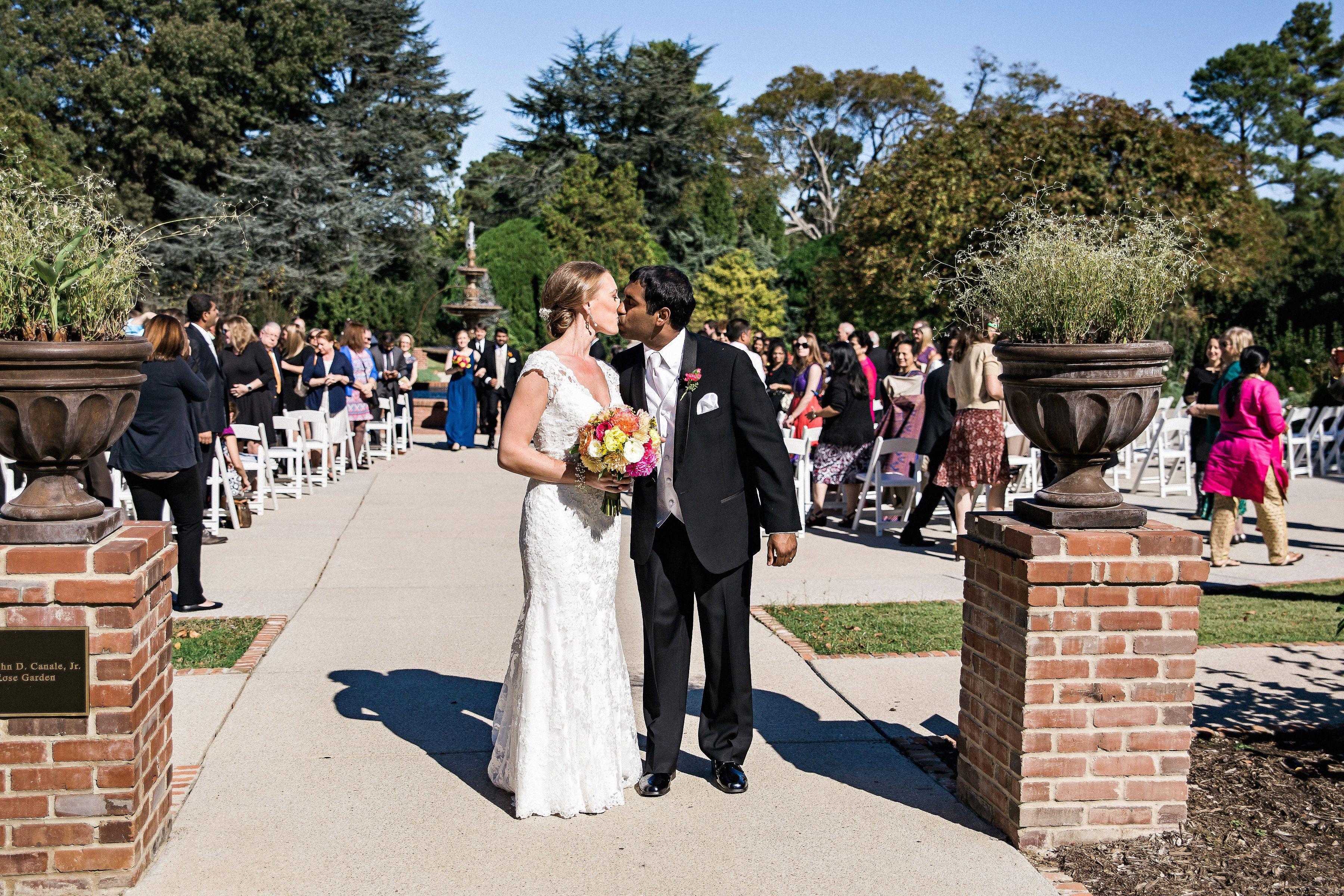 Best dress to wear to a garden wedding  Memphis Botanic Garden  Rose Garden  Kevin Barre Photography