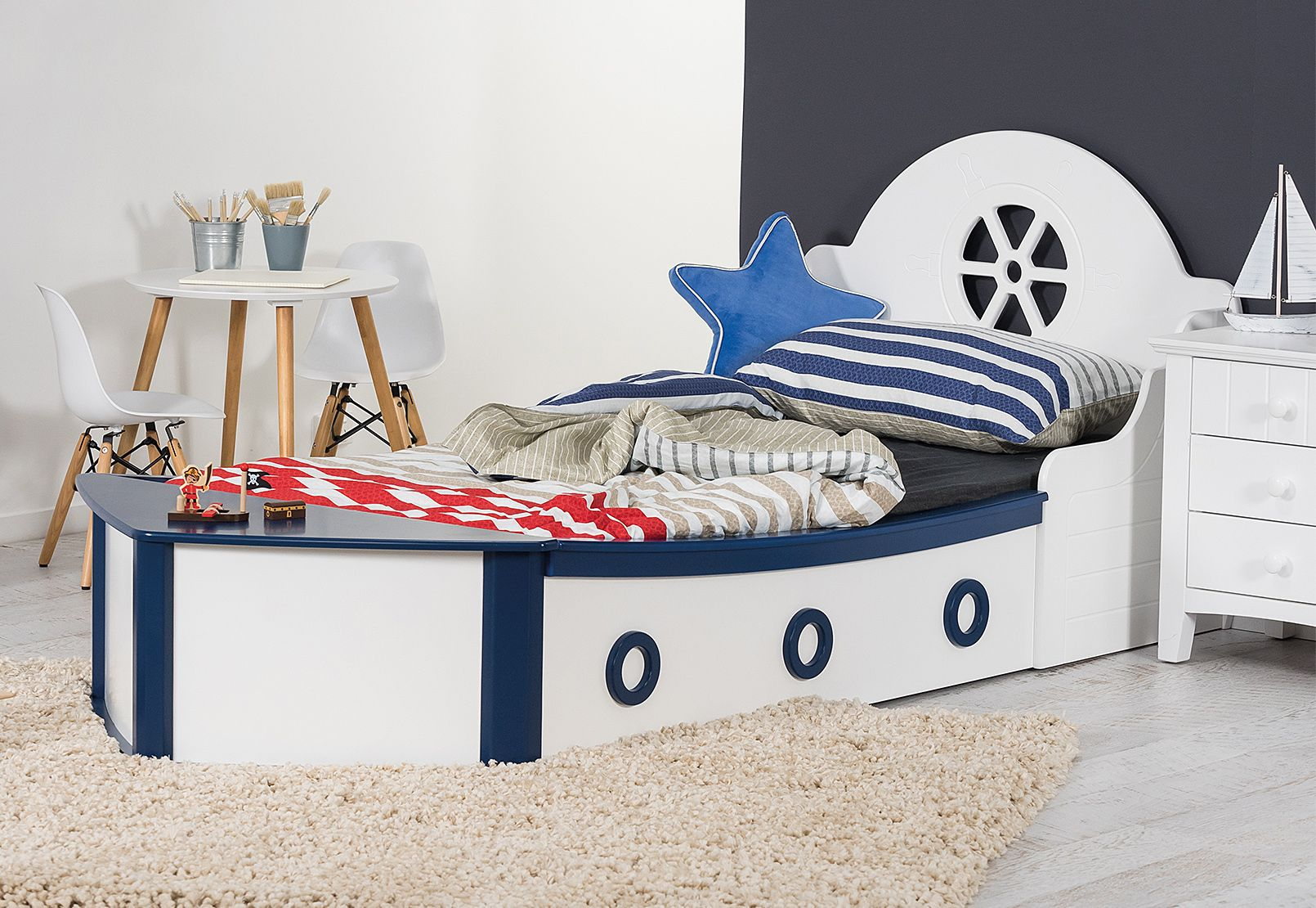 Best Minnow Single Boat Bed Amart Furniture Home Of Kids Pinterest Boat Beds And Bedrooms 400 x 300