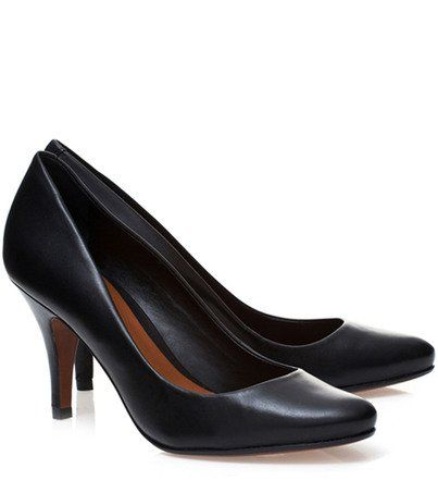 07017232a Scarpin Salto Médio Essentials | Schutz | Fashíõn- shoes,dresses ...