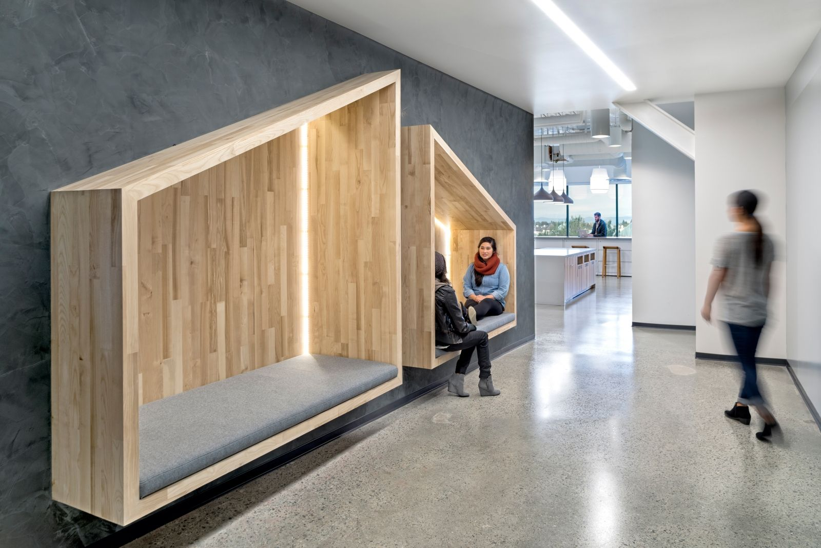 Efficient use of space while creating places for seating - idea for front office new reception area?