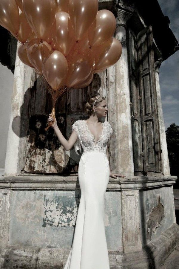 I love the top!!!! Hollywood vintage wedding dresses by Kelly  8bbefe959074