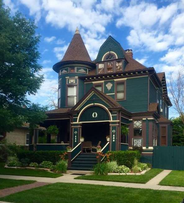1894 Queen Anne U2013 Forest Park, IL U2013 $649,900 | Old House Dreams